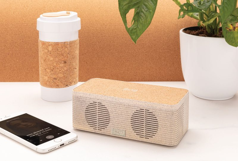 Promotivni bežični zvučnik i punjač od pšenične slame